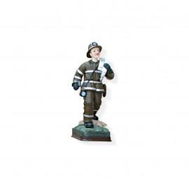 Statuina pompiere con manichetta